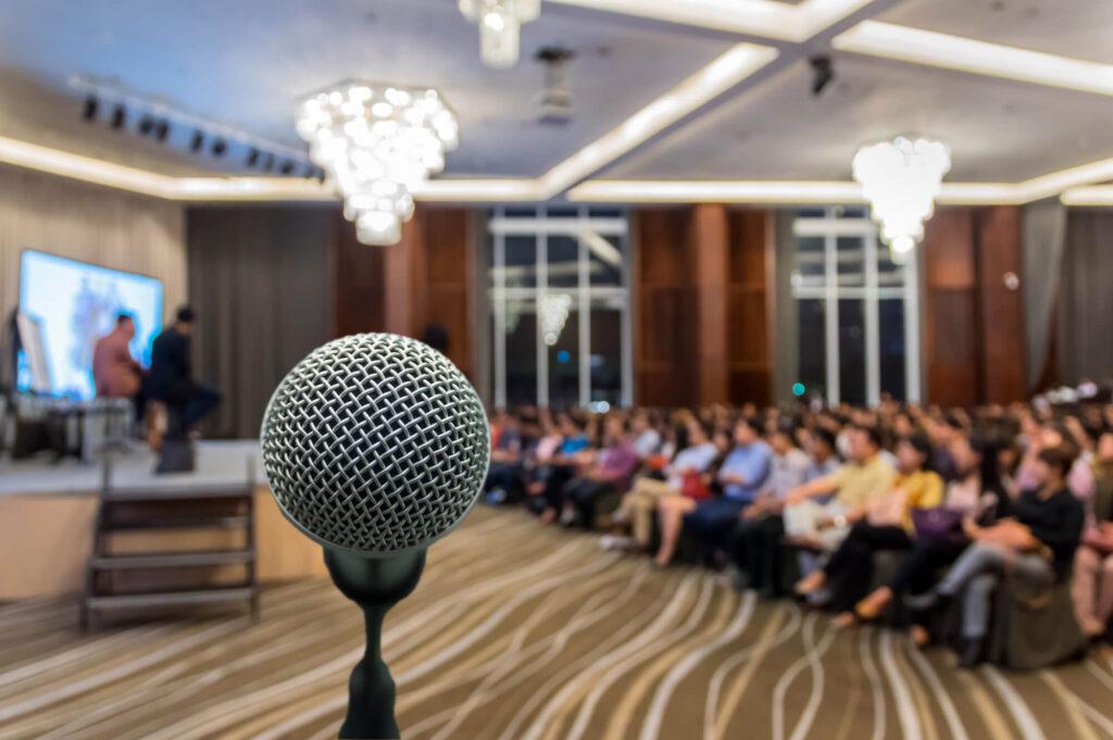 Empresas de palestras: contratando a melhor